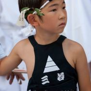 65-KYOTO garçonnet lors de Gion matsuri